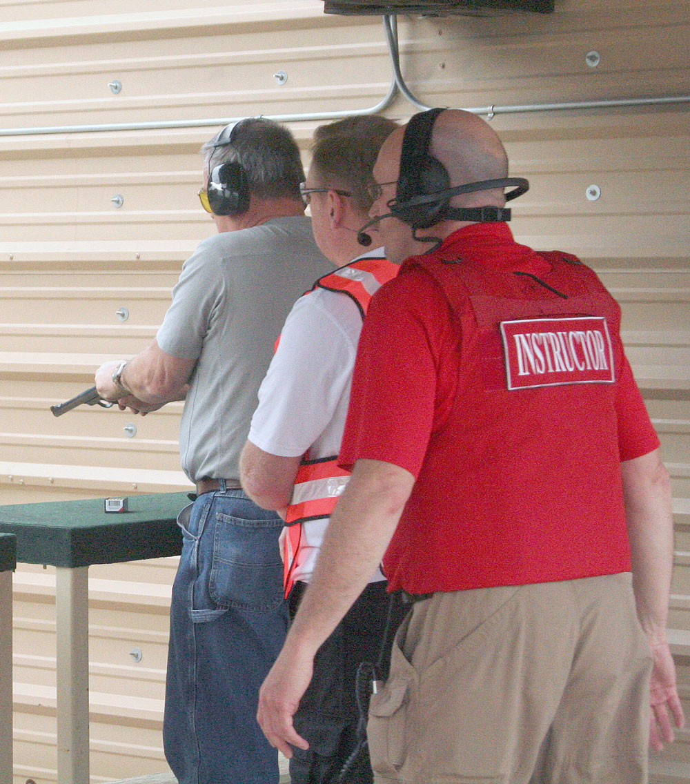 how to become a canadian firearms safety instructor